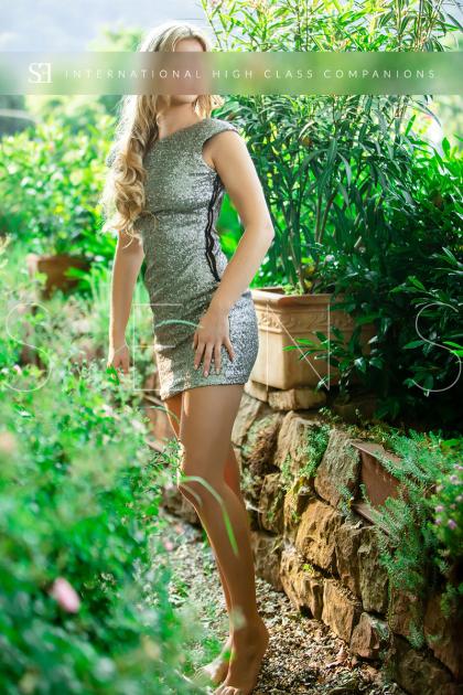 escort-model-international